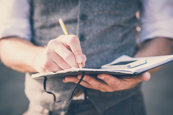 Writing for 15 minutes a day can make a better worker